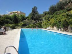 Holiday accommodation in Grasse on French Riviera near Andon