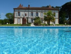 Bed and Breakfast with pool, spa and tennis in Midi Pyrenees.