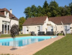 Big capacity holiday home with pool in Dordogne. near Sorges