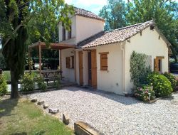 Holiday home with pool in the Tarn et Garonne. near Giroussens