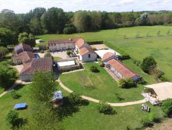 Holiday homes for a group in Poitou Charentes. near Marcilly sur Vienne