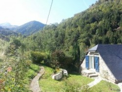 Bed & Breakfast in the French Pyrenees mountains. near Bescat