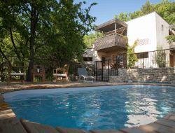 Gite avec piscine a louer dans le Vaucluse.