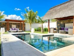 Luxury holiday villas with pool in Mauritius