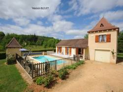 Holiday home with private pool close to Sarlat, Aquitaine.