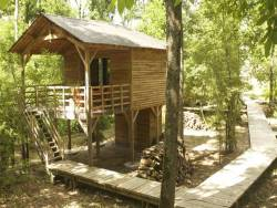 Unusual stay in perched huts near Saumur in France.