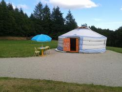 Unusual stay in yurt in Burgundy near Liernais