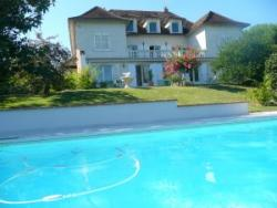 Holiday rental with private pool near Agen, Aquitaine. near Port Sainte Marie