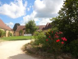 Holiday accommodation for a group in Dorodgne, Aquitaine. near Saint Felix de Reillac