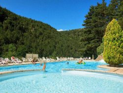 Camping with heated pool in Lozere, France.