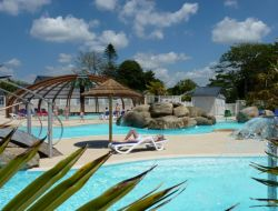 camping with heated pool in Brittany, France. near Plogonnec