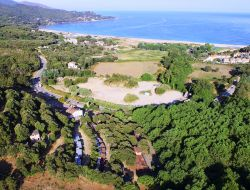 camping and holiday rentals in Corsica.