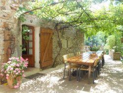 Gîte de groupe à louer en Ardèche.