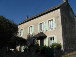 Holiday accommodation near Rodez and Millau in France. near Cruejouls