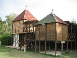 Séjour insolite en cabane perchée dans le Gard.