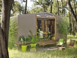 Unusual holiday accommodation near Avignon in France near Saint Pierre de Mézoargues