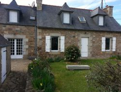 Seaside holiday rental near Paimpol in Brittany. near Kermaria Sulard