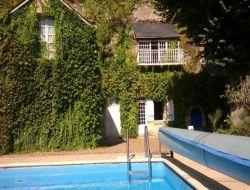 Gite avec piscine a louer près de Tours.