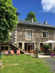 Big holiday home in the Cantal, Auvergne.