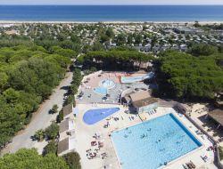 Mobilhomes en bord de plage à Sète dans l'Hérault