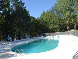 camping et mobilhomes en location dans le Gard.