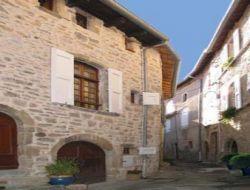 Gîtes de charme a louer dans l'Aveyron.