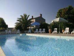 Gîte avec piscine a louer en Vendée.
