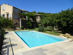 Holiday home with heated pool in the Languedoc.