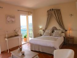 Bed & breakfast accommodation in Le Bugue near Saint Vincent de Cosse