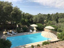 Location d'un gite avec piscine à Nimes 30.