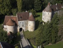 B&B in a castle of Cote d'Or, Burgundy