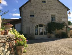 Holiday home in Cote d'or vineyard, Burgundy.