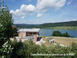 Hébergement de grande capacité à louer dans le Jura.