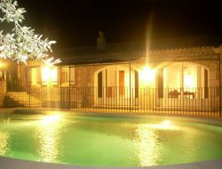 Gite de charme avec piscine en Drôme Provençale