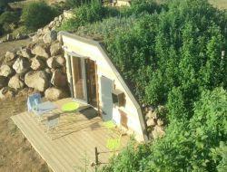 Hébergements insolites a louer dans le Cantal.
