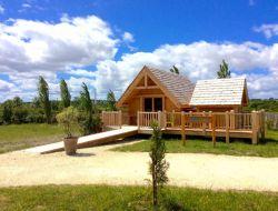 Séjour en cabanes avec spa en Gironde