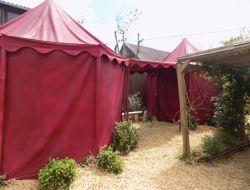 Séjour insolite en tentes médiévales dans l'Indre.