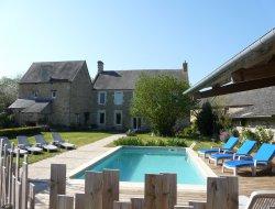 Gîte avec piscine chauffée à louer dans le Calvados.
