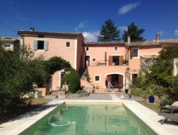 Big holiday home in the Drome, Rhone Alpes. near Villedieu