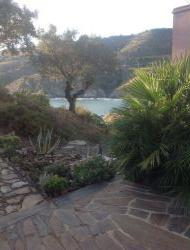 Seaside holiday rental near Collioure in Roussillon, France. near Banyuls sur Mer