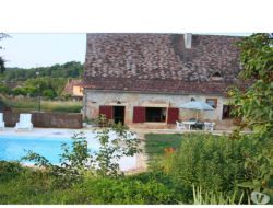 Holiday home with private pool in Dordogne, France.