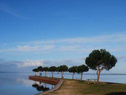 Locations vacances en camping a Maubuisson 33.