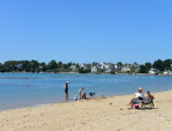 Holiday home with pool near Vannes in Brittany. near Ile aux Moines