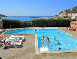 Seafront holiday rentals near marseille, France. near Vitrolles