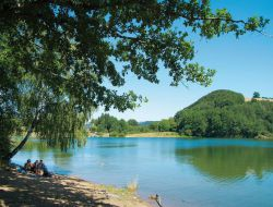 Camping avec piscine chauffée dans l'Aveyron.