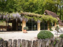 Hébergements de vacances insolites a louer en Dordogne.