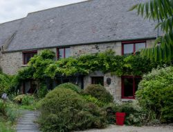 Holiday home with spa and sauna in Bretagne.