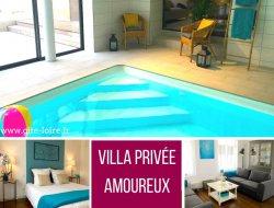 Gîte avec piscine privée chauffée à Saumur.