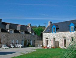 Holiday accommodation with pool in the Golfe du morbihan, Brittany. near Ile aux Moines