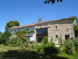 Holiday home with heated private pool in Poitou Charentes.